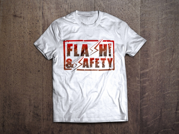 белая футболка flash & safety